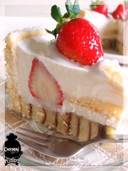 2010.01.02 Strawberry vanilla mousse with ladyfingers cake11.jpg