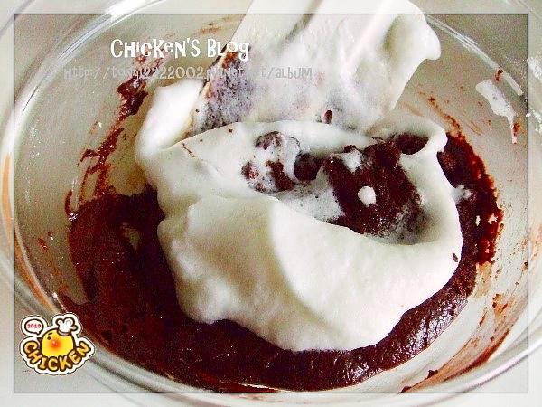 2010.08.16 酥皮融漿巧克力蛋糕7.jpg