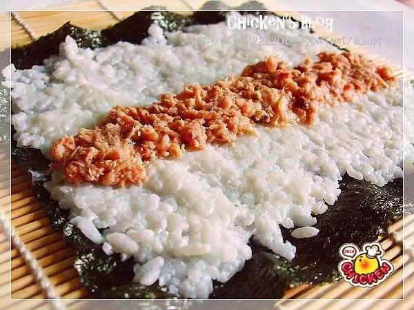 2010.08.13 小雞壽司捲3.jpg