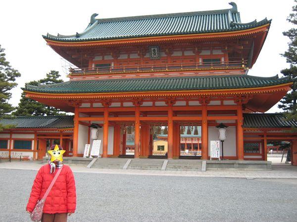 平安神宮大門口