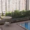 低樓層的景觀就是游泳池
