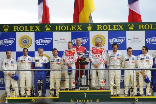 peugeot-24h-le-mans-podium-all.jpg