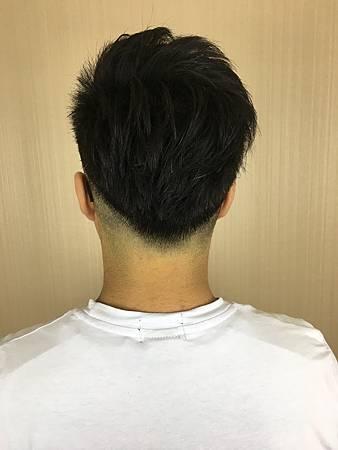 台北車站剪髮推薦/Mavi Hair Designers/剪/燙/染/接/男士髮型
