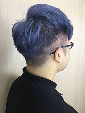 台北車站/染髮/Mavi Hair Designers/剪/燙/染/接/男生染髮/玫瑰藍灰