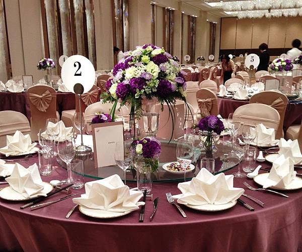 主桌花布置(紫)8