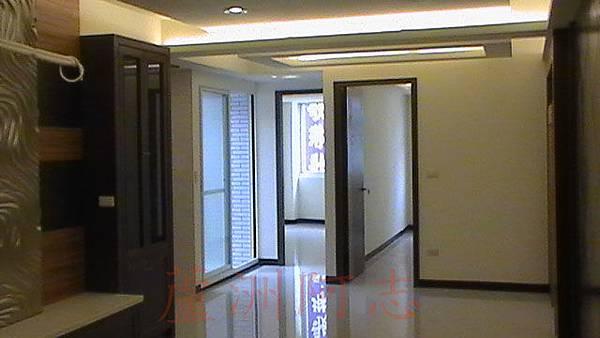 溪尾街稀有2樓公寓