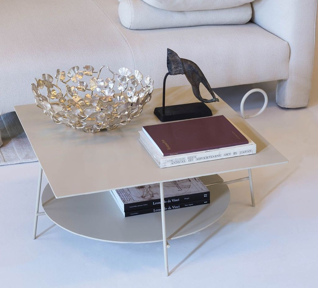 Driade-Carmina-Coffee Table-4.jpg