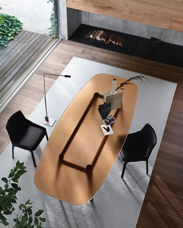 Fiam-Magma-Dining Table-1.jpg