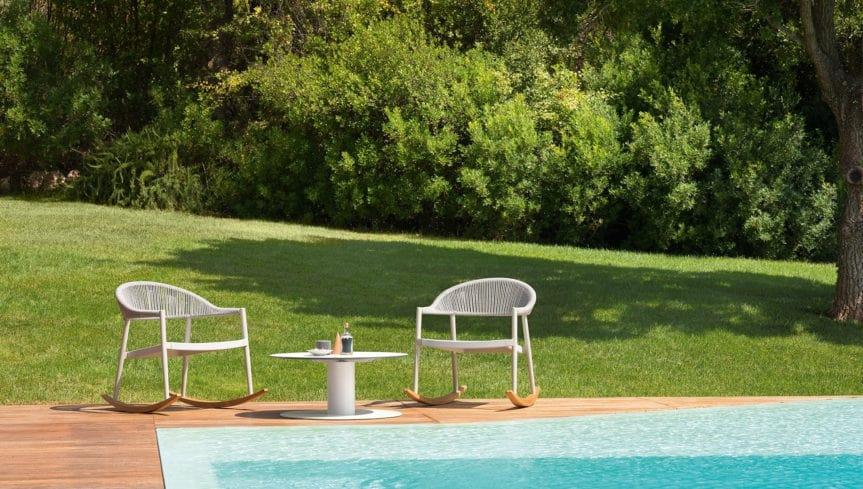 Gyform-Clever Rocking-Lounge Chair-3.jpg