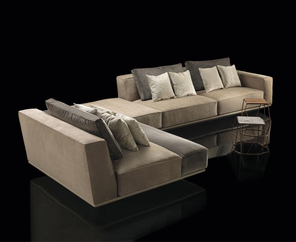 Henge-Hypnose-Sofa-3.jpg