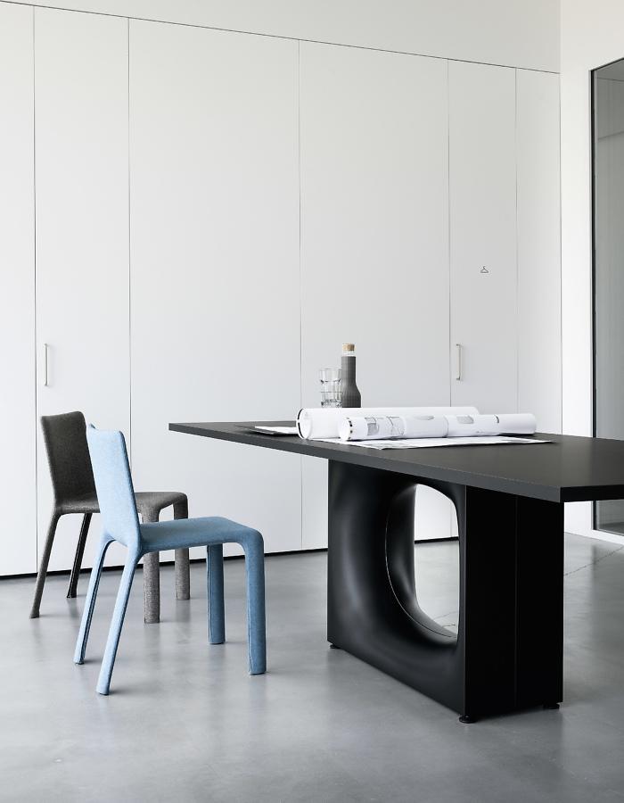 Kristalia-Holo-Series Table-1.jpg