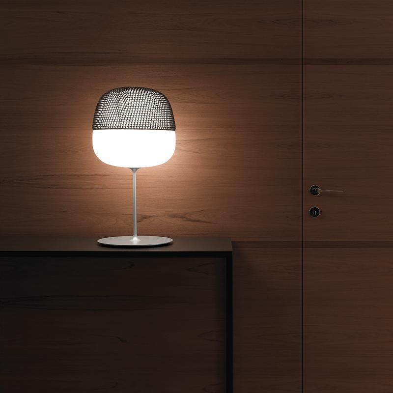 Karboxx-Afra-Table Lamp-1.jpg