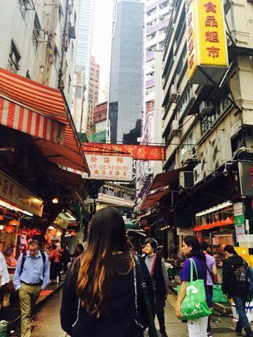 香港街頭.jpg