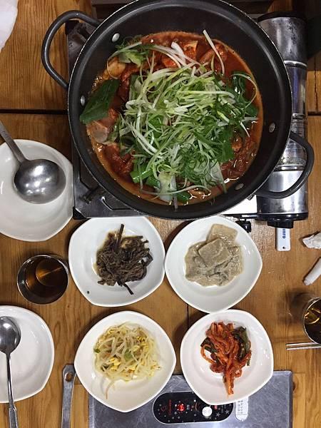 Jeju午餐 黑豬肉.jpg