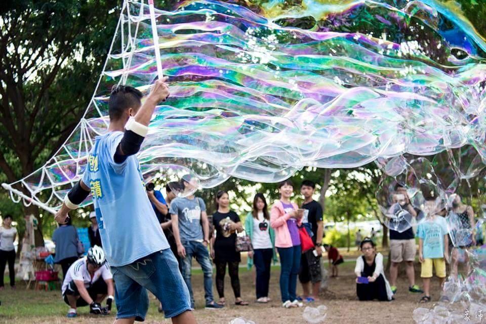泡泡表演 泡泡奇蹟- 泡泡雲