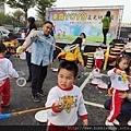 幼兒園活動親子共玩泡泡