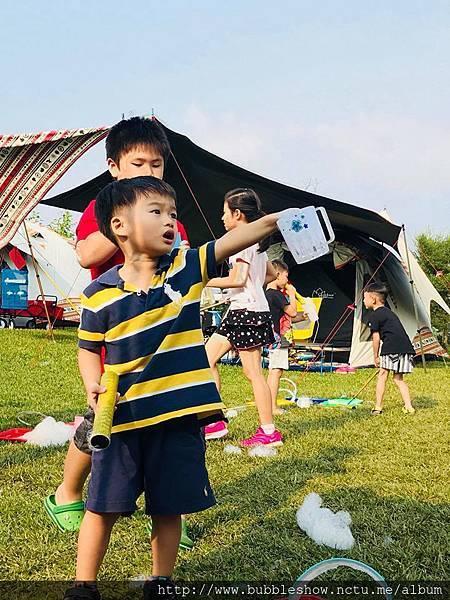 茶吾此露 露營兒童泡泡活動