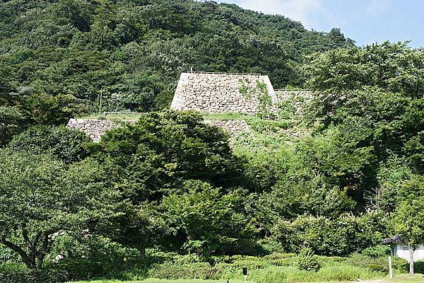 800px-Tottori_castle02_2816.jpg