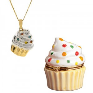 cupcake-necklace-300x300.jpg