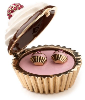 juicy cupcake earrings.jpg