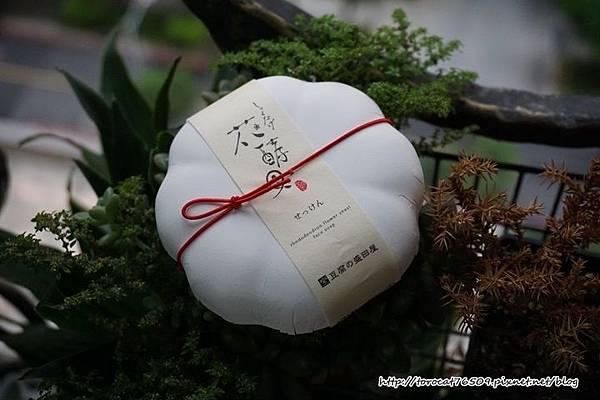 豆腐盛田屋 花酵母精萃豆乳潔顏皂.jpg