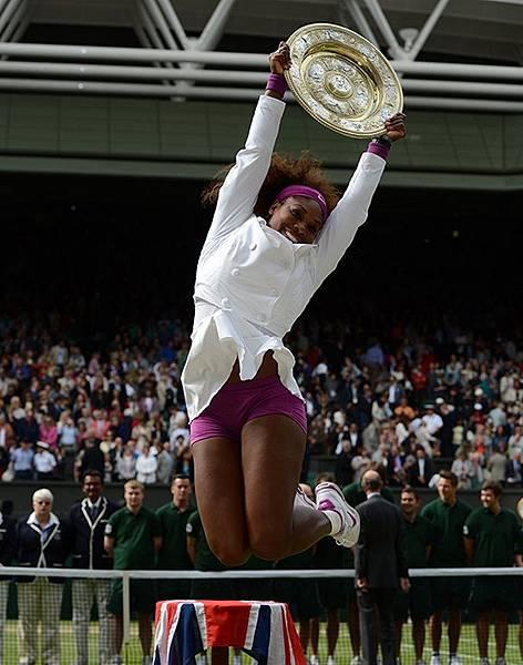 Serena_Wimbledon_2012_02