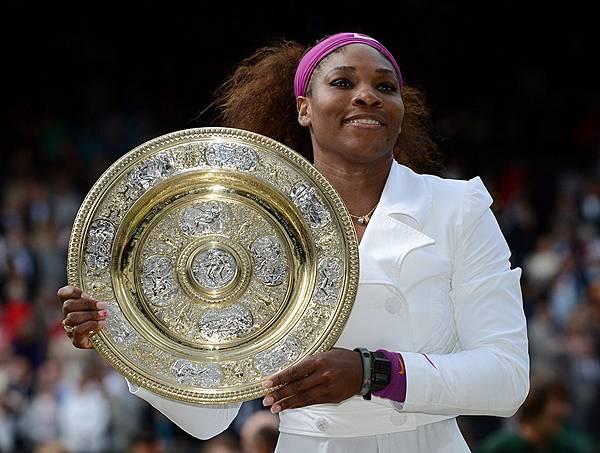 Serena_Wimbledon_2012_04