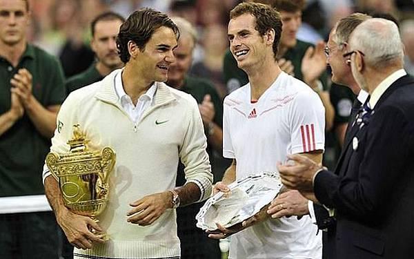 Federer_2012_Wimbledon_05