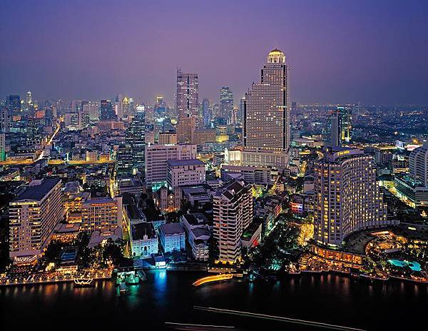 Bangkok-Night_Resized.jpg