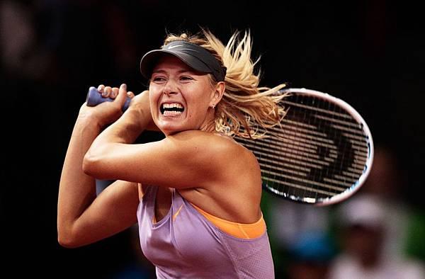maria-sharapova-porsche-tennis-grand-prix-2014-in-stuttgart-germany-day-4-_2.jpg