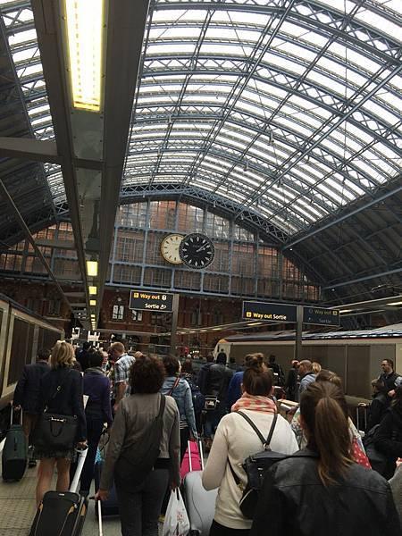 20150529_iPhone_Paris_London_066.jpg