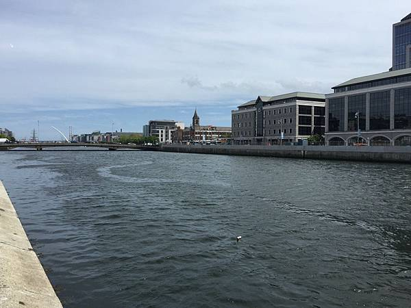 20150604_Dublin_City_Walk_098.jpg