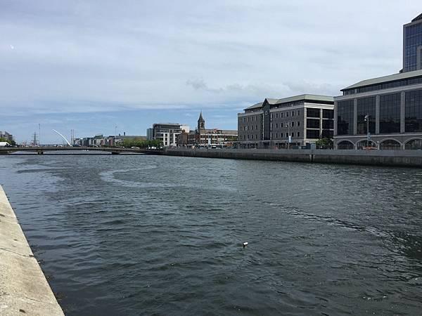 20150604_Dublin_City_Walk_098.jpg