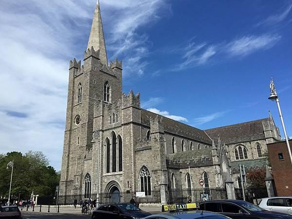 20150604_Dublin_City_Walk_228.jpg