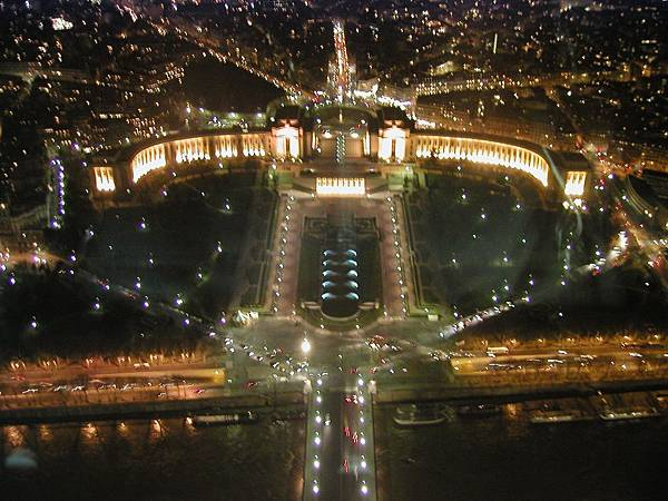 2003_Europe_Paris_143.jpg