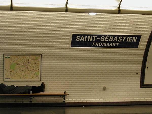 2003_Europe_Paris_284.jpg