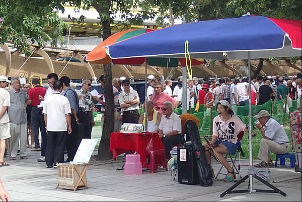 龍山寺廣場4.JPG