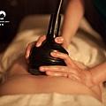 Tp&b還會透過儀器輔助纖體,就像做了運動一樣的感覺! | 文章出處: http://goo.gl/eUSp47 SPA,高雄spa館,spa按摩,高雄spa,高雄spa推薦,高雄按摩,精油按摩,芳療