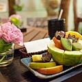 整個纖體芳療結束也有點餓了,Tp&b超貼心準備多種水果!雖然只是一般水果,但覺得特別好吃是怎樣= =a | 文章出處: http://goo.gl/eUSp47 SPA,高雄spa館,spa按摩,高雄spa,高雄spa推薦,高雄按摩,精油按摩,芳療