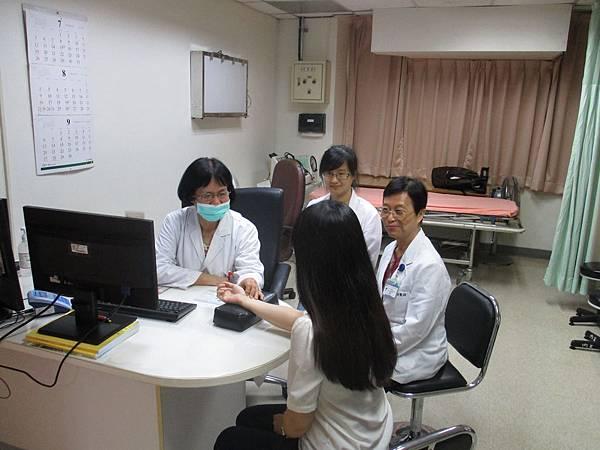 1040810-PGY-婦科教學門診-楊素卿醫師2.JPG
