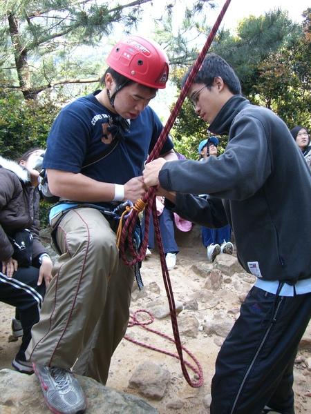 攀岩課13.JPG