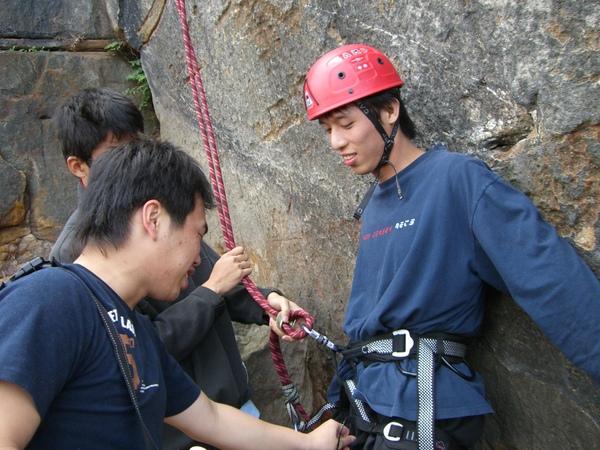 攀岩課16.JPG