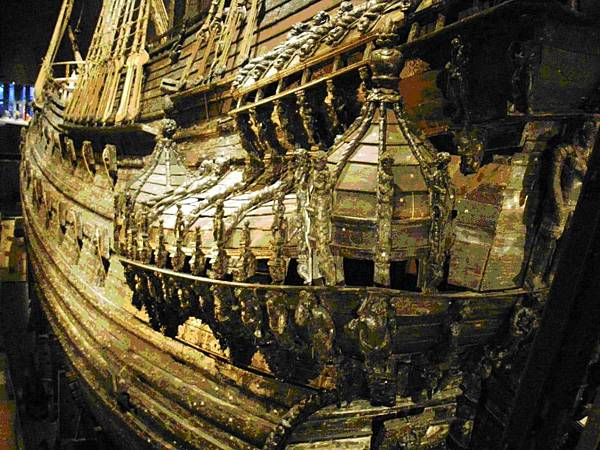41沉船華薩號船尾的船長室窗檯