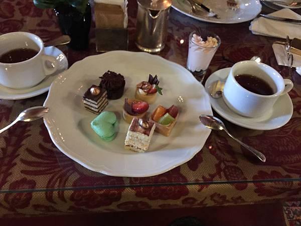 佩拉皇宮飯店(Pera Palas)下午茶