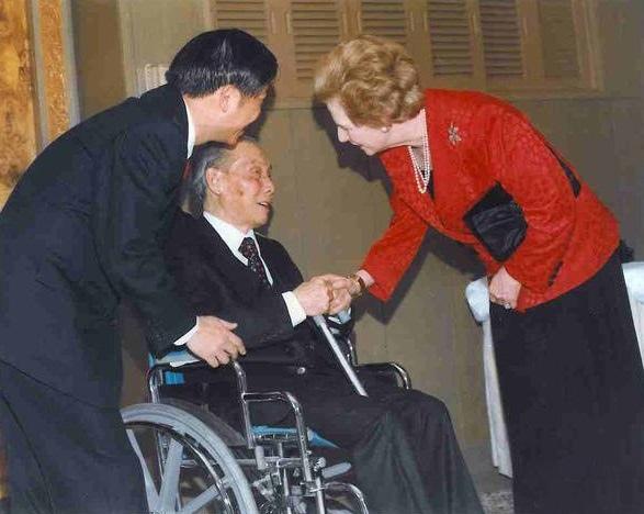 劉放吾-柴契爾夫人 1992.jpg
