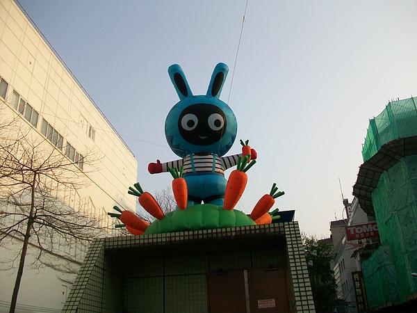 MRT中山站街頭裝置藝術