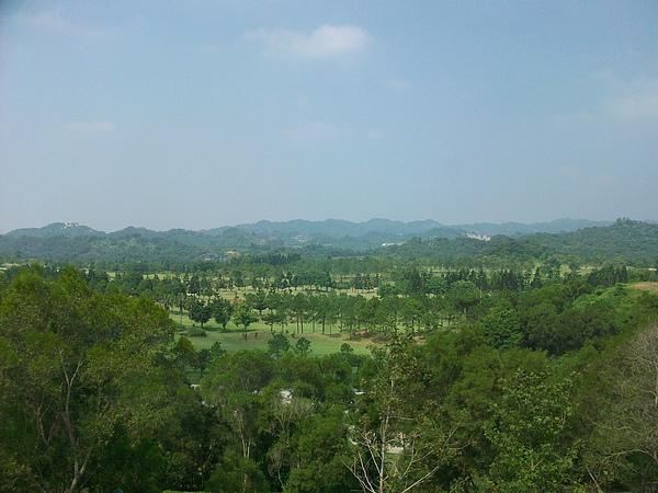 心之芳庭遠眺高爾夫球場