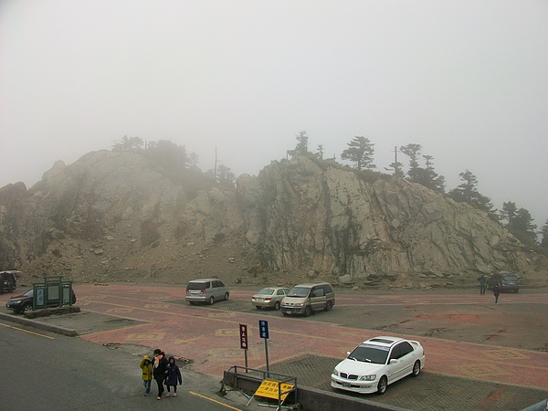 武嶺停車場3度C