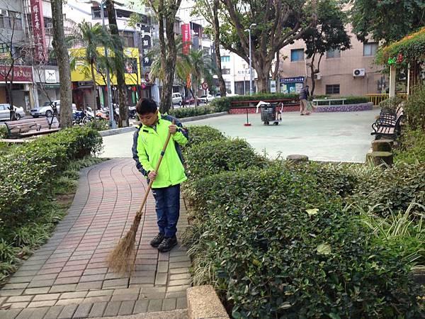 20160207 四平公園社區服務_8341.jpg