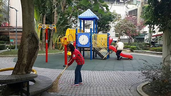 20170305四平公園社區服務_170306_0022.jpg